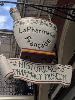 A photo of the New Orleans Pharmacy Museum front sign.